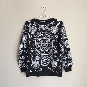 Sweaters - Edgy Streetwear Kpop Style Pullover Sweater